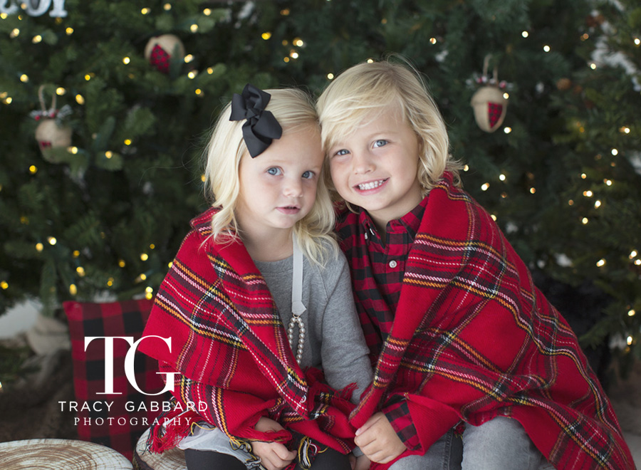 Limited Edition Photo Sessions – Holiday Campfire Sessions 2017