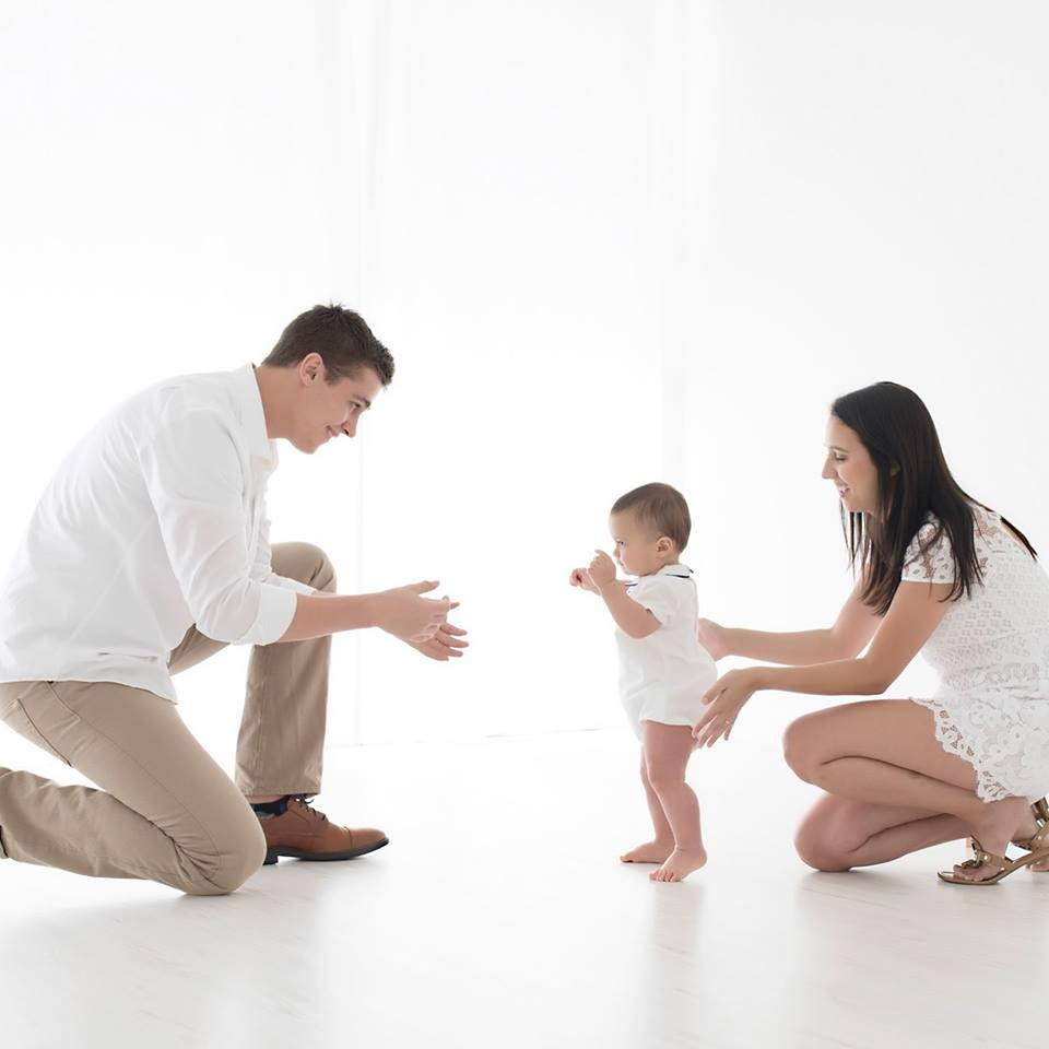 Tracy Gabbard Family Photography, baby's first steps